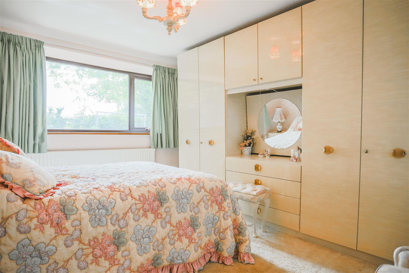 5 Bedroom Farmhouse For Sale - 38.JPG